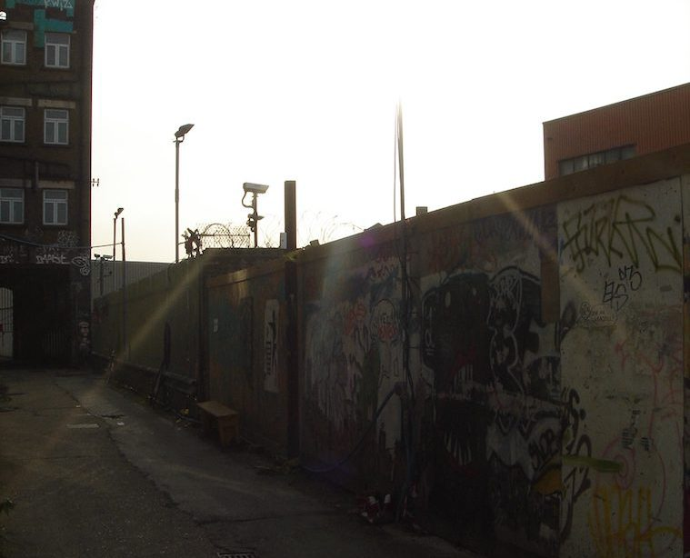 Olympic gentrification? Hackney Wick, London: from petrol refining to showcasing arts <br srcset=